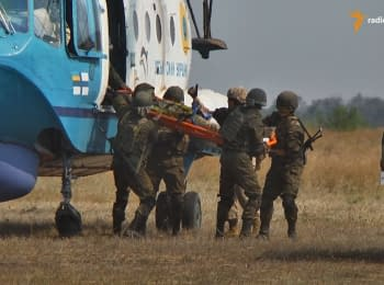 """Sea Breeze 2015"" on land: outpost' defense, evacuation of wounded"