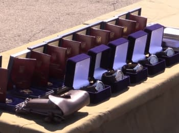 Міністр оборони  нагородив 50 танкістів ЗСУ