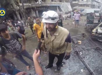 Последствия авиаудара по городу Алеппо в Сирии (18+)