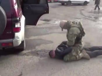 СБУ перекрила канал постачання зброї та боєприпасів з АТО