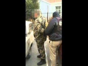 СБУ затримала прикордонників, які переправляли нелегалів в Україну