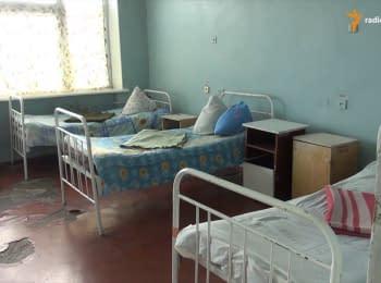 Районна лікарня у Станиці Луганській вже більше року працює без вікон