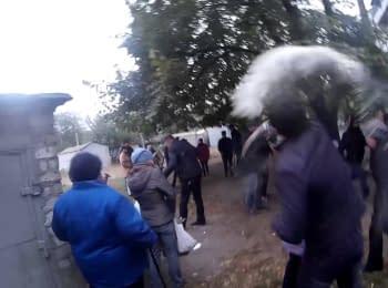 Кандидат в мери Дніпродзержинська відстрілювався від виборців