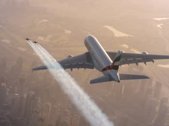 Extremals with jetpacks vs Airbus A380 - race in the sky over Dubai