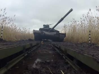 Тренування танкістів у зоні АТО