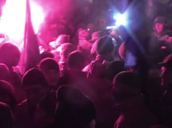 Радикалы пришли в офис Рината Ахметова