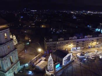 Новий рік на Софійській площі у Києві з висоти пташиного польоту