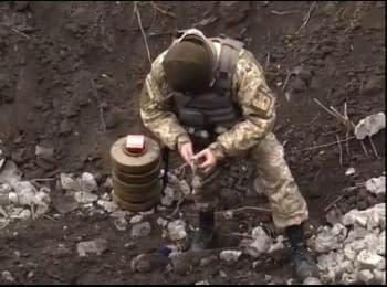 В зоне АТО продолжается обезвреживание взрывоопасных устройств