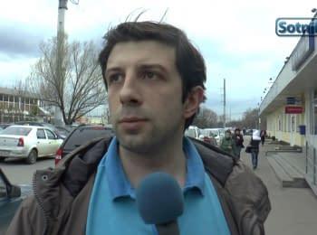 Жители Москвы и Санкт-Петербурга: В Европу или в КНДР?