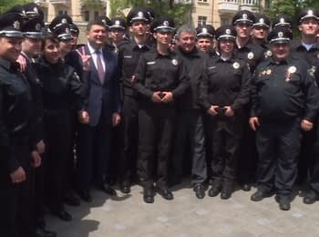 Patrol police of Mariupol took an oath of the allegiance to the Ukrainian people