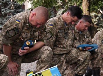 У Дніпрі вшанували пам'ять загиблих десантників та екіпажу збитого Іл-76