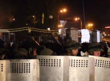 Сутички під Оболонським судом Києва